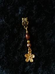 Rastakoru kultainen kukka