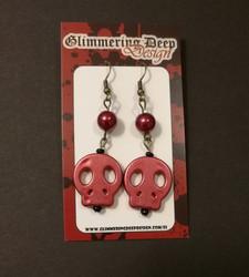 Pearl red skull earrings
