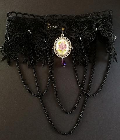 Black lace necklace violet rose