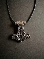 Thor's hammer necklace goat's with chain