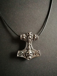 Thor's hammer necklace skull with black cord