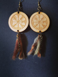 Vegvisir earrings with tufts