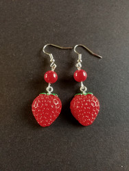 Strawberry earrings with red beads