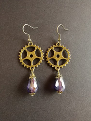 Steampunk gear earrings with violet drop