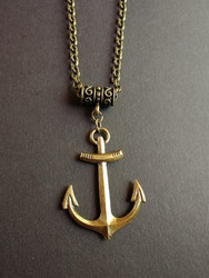 Bronze coloring anchor necklace