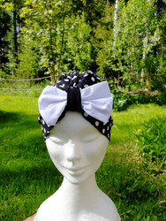 Black bow hat with white dots and bow