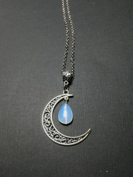 Moon necklace with a moonstone