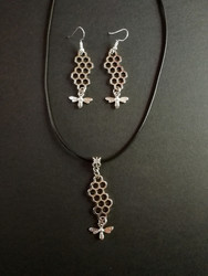 Jewelry set bee