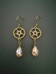 Steampunk gear earrings with light coloured drop