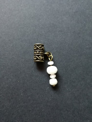 Locks jewelry white stone beads