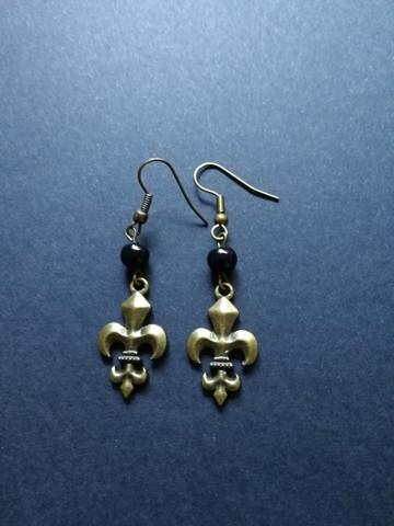 Fleur de lis earrings with black beads