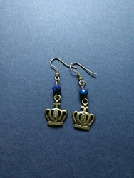 Crown earrings with blue beads