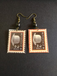 Stamps earrings hat