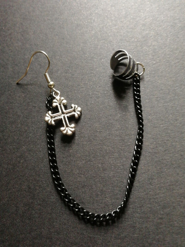 Link earrings with cross and black chain