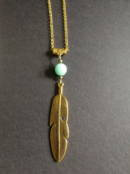 Feather necklace with stone bead