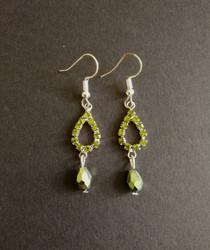 Green strass drop earrings