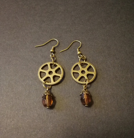 Steampunk gear earrings with brown drop