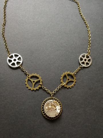 Steampunk gear necklace with clockwork