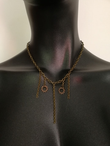 Gear and chain necklace