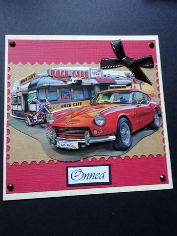 Kortti punainen auto