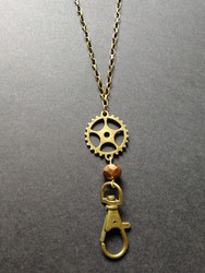 Steampunk key chain with bronze colour bead