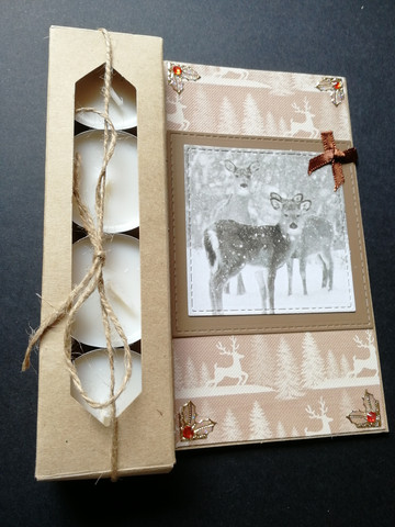 Candle card with reindeers