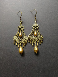 Hanging drop earrings with gold beads