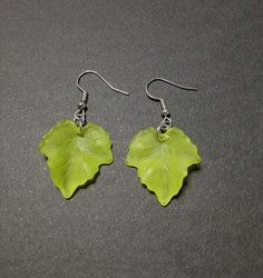Light green maple leaf earrings