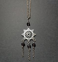 Snowflake necklace violet
