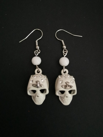 White Skull earrings