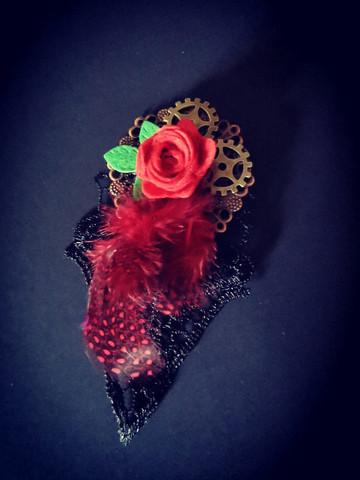 Steampunk hiuskoru kukka