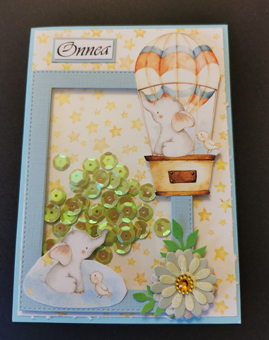 Hot air balloon shaker card with elephant