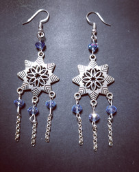 Hanging snowflake earrings with blue beads