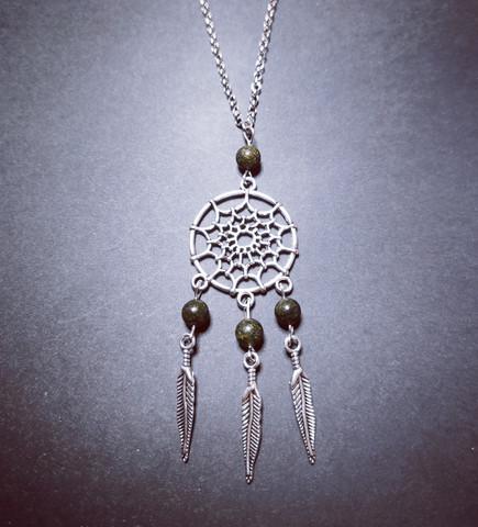 Dreamcatcher necklace with black stones
