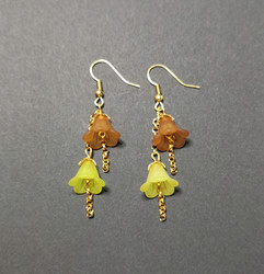 Umbella line stained bell earrings
