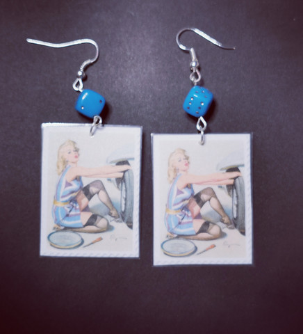 Stamps earrings pin-up car