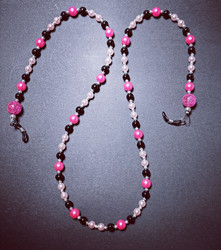Pink chain for glasses