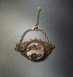 Rannekoru steampunk kellonkoneisto