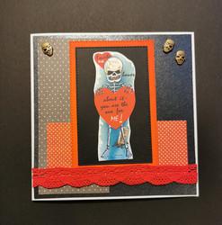 Ystävänpäiväkortti luuranko