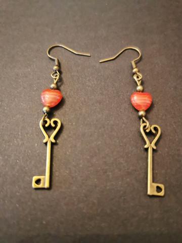 Key earrings with hearts