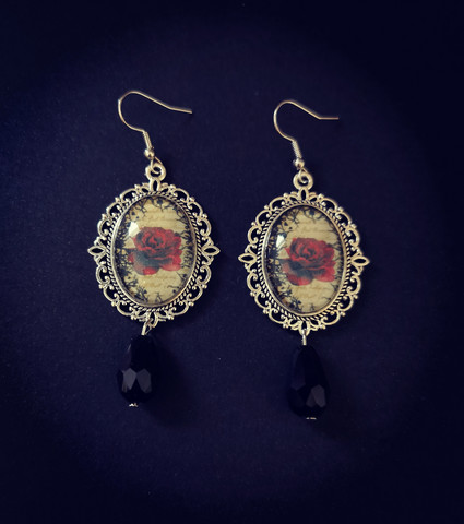 Rose Earrings with black drops