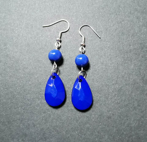 Colourful blue droplet earrings
