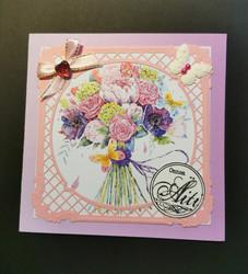 Kortti äidille kukkakimppu