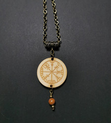 Viking Necklace Vegvisir with stone beads