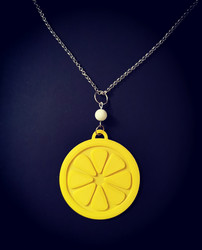 Big lemon necklace