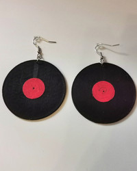LP-levy korvakorut