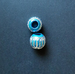 Locs beads turquoise with silver pattern