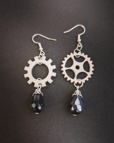 Gear Earrings with black droplets
