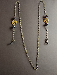 Bronze colored chain for glasses with pentagrams