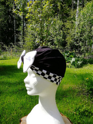Black square bow hat